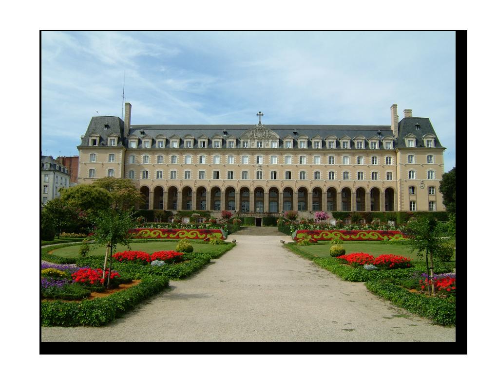 Palais St-Georges ©José Mouret